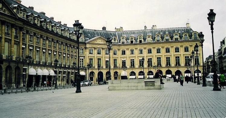 Place Vendôme, amb el Hotel Ritz a l´esquerra
